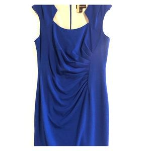 Beautiful blue dress that shows your curves!